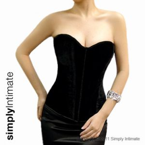 Fitted velvet sweetheart corset